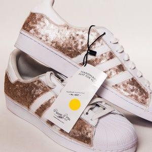le adidas superstar lustrino scarpe poshmark champagne d'oro